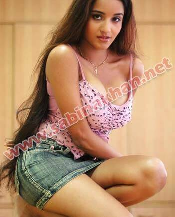 Tiruchirappalli Call Girl - Riya Pillai